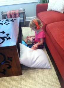 Brunch without toys? iPad to the rescue!